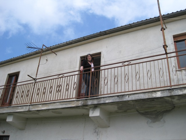 Steffanie on the balcony